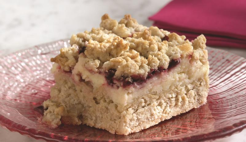 Blackberry Cheesecake Crumb Bars