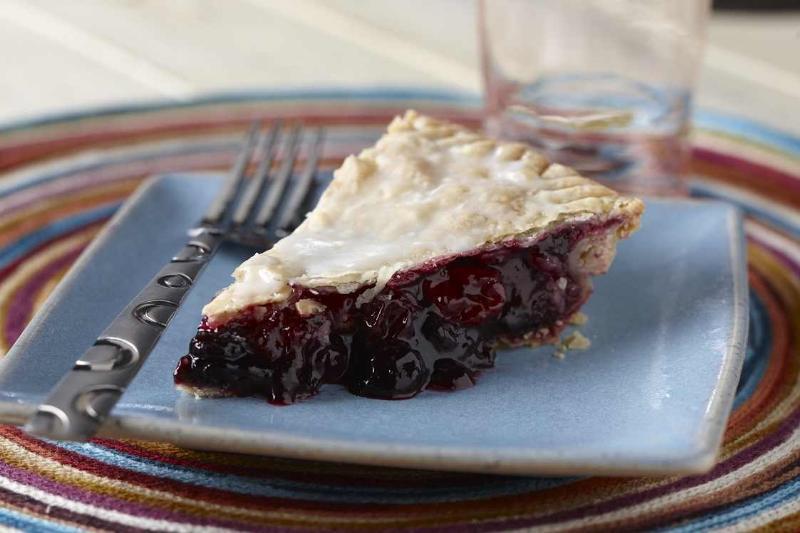 Lite CranBlueberry Pie